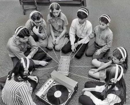 kids listening together